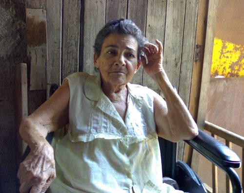 La señora Montiel, madre de Jorge Luis