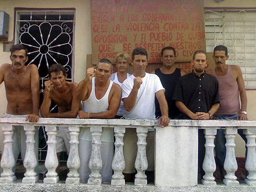 Participantes en la huelga de hambre en Cuba