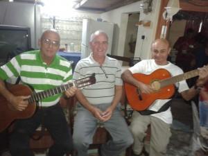 """El trío """"Eben Ezer"""": Tony, Pedro y Juan."""
