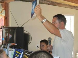 Presentando la Biblia RV77